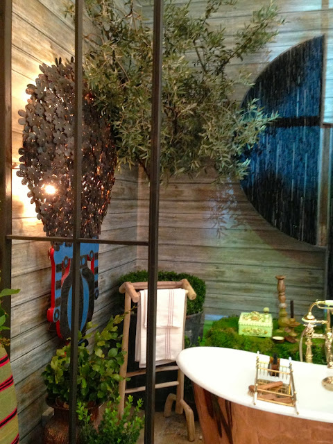 Lisa Mende Design Kit Kemp At Decorex International With