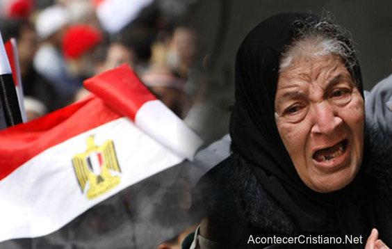 Cristianos denunciados por blasfemia en Egipto
