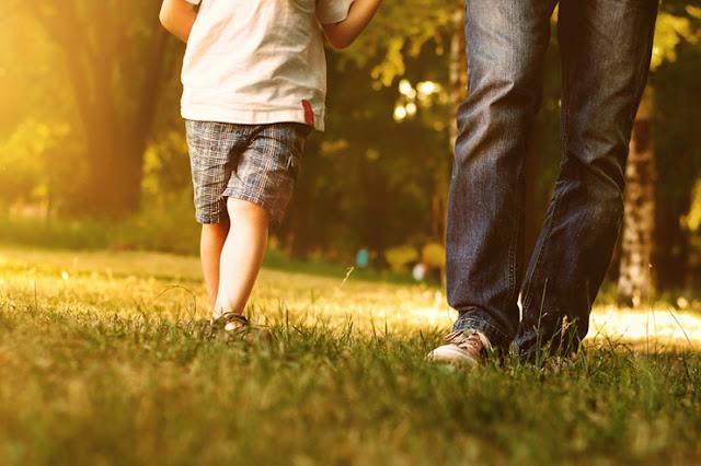 Peranan Ayah Dalam Mendidik Anak Berusia 2 Tahun