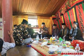 Sutan Riska Hadiri Acara Halal Bi Halal di Rumah Gadang Tiang Panjang Pulau Punjung