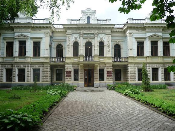 Сумы. Усадьба Суханова. 1895 г. Институт прикладной физики