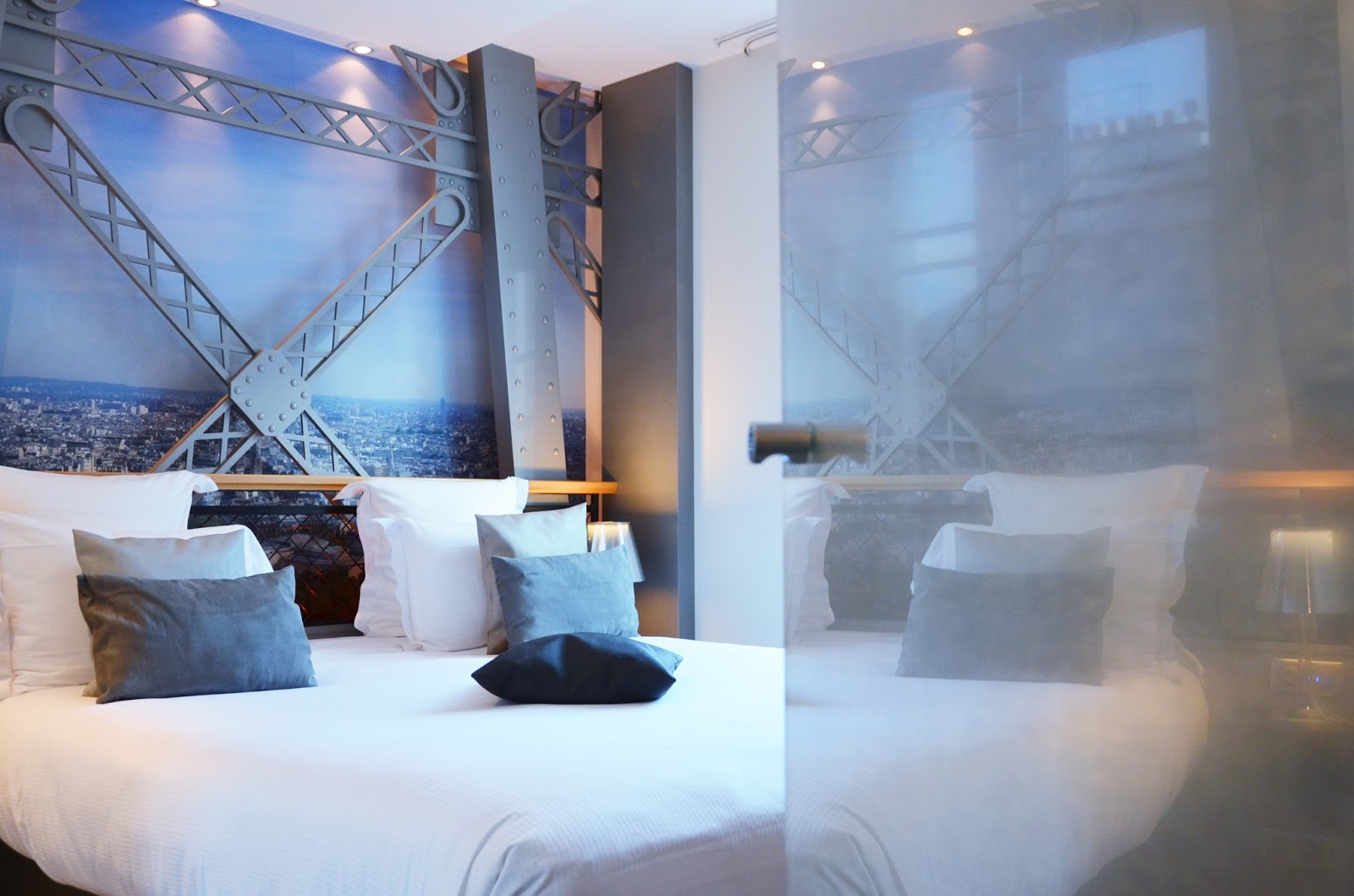 H tel design secret de paris dormir dans un monument for Hotel design secret
