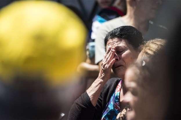 BBUJi53 - Veja fotos do massacre em Suzano