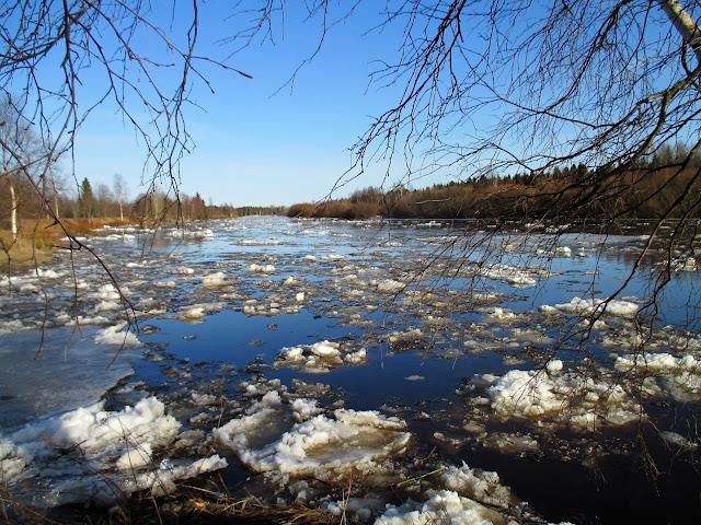 jäiden lähtö, kevät, joki, huhtikuu