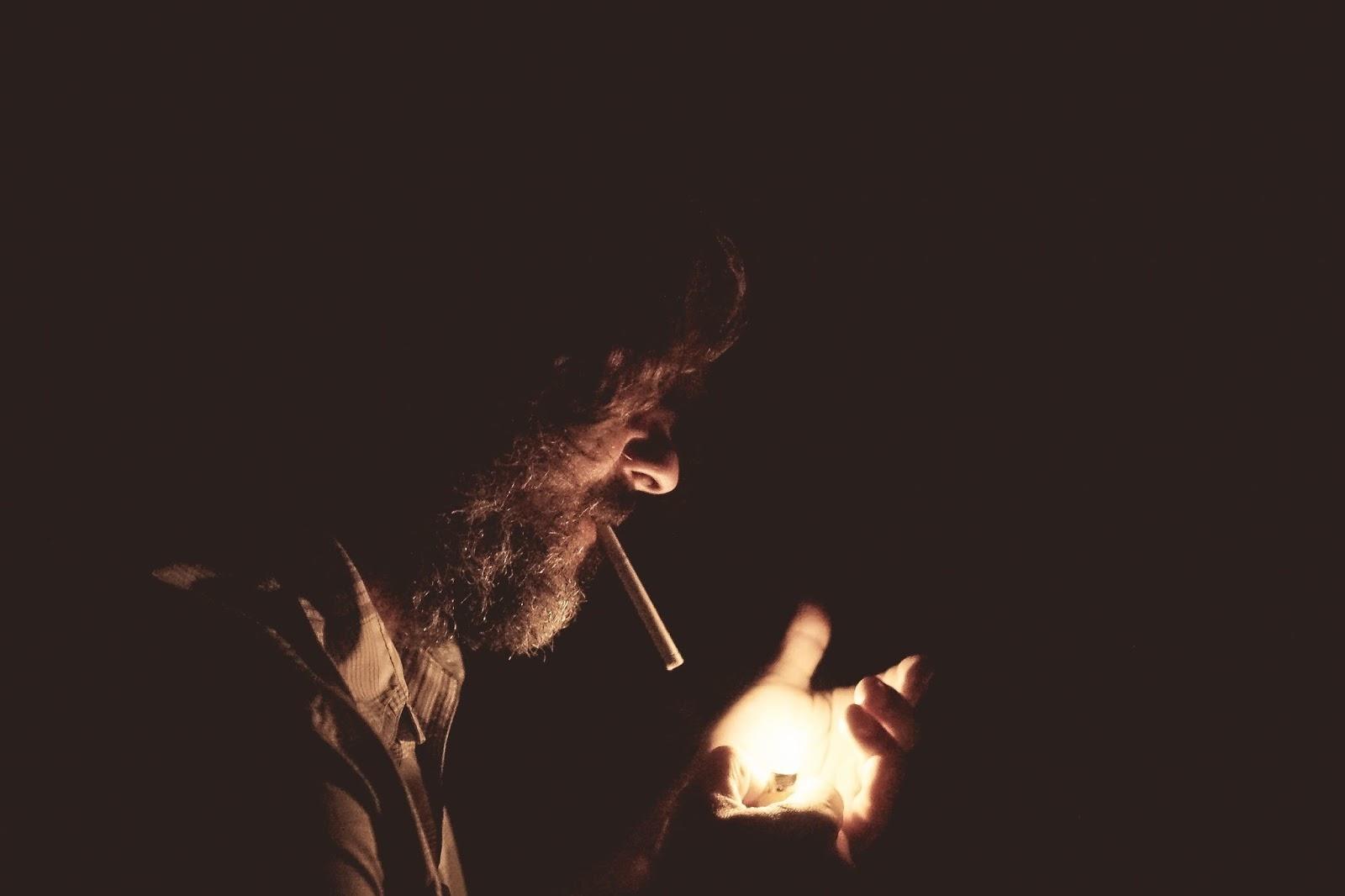 Alasan orang merokok dan cara berhenti