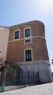 Cerca de Madrid. Palacio de Godoy