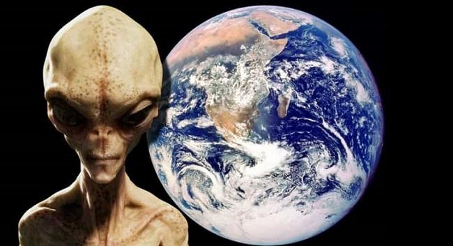 Το 2019 θα Είναι η Αποκάλυψη των Εξωγήινων, λέει Πρώην του Πενταγώνου (video)