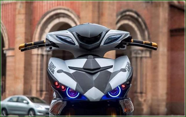 NYala Lampu Proji - Tip Modifikasi Yamaha Jupiter MX King Exciter Gaya Balap MOTO GP Sporti Keren Abis