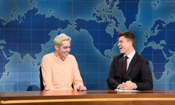 SNL's Pete Davidson Rips Kanye West's Pro-Trump Rant, Dons 'Make Kanye 2006 Again' Hat