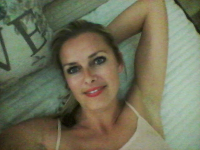 Hey Guys im Xxcarmel and im a horny cam girl you should meet me sometime  for a free chat xxx meet me here thanks guys love you xxx ...