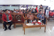 Hadiri Ibadah di Kakas. Gubernur Himbau Terus Bangun Persatuan