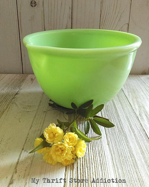 vintage jadeite batter bowl