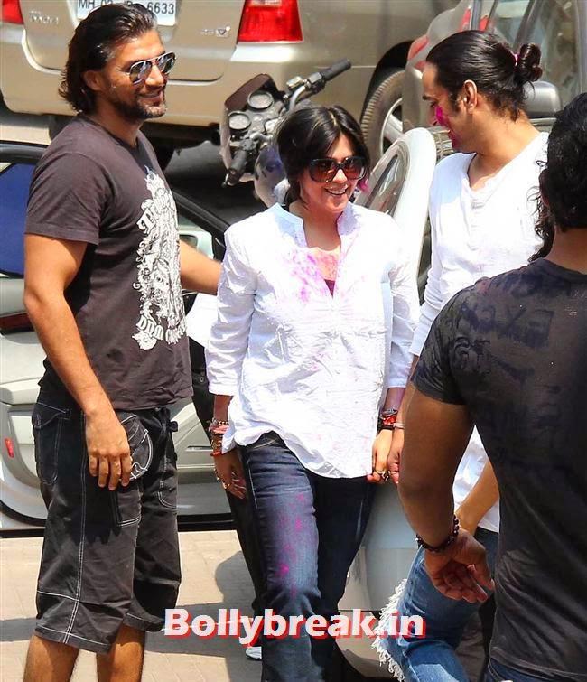 Ekta Kapoor, Sanjay Gupta Bollywood Holi Party Pics 2014