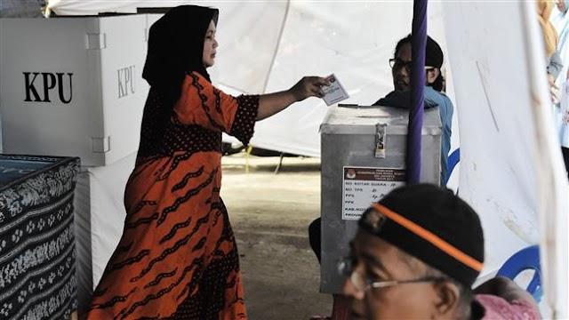 Indonesians vote in Jakarta's gubernatorial election