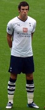 Gareth Bale Berkostum Tottenham Hotspur