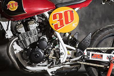 "Honda CBF 250 ""Tracker"""