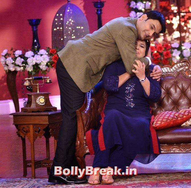 Kapil Sharma hugs Farah Khan, Happy New Year Team CNWK Pics