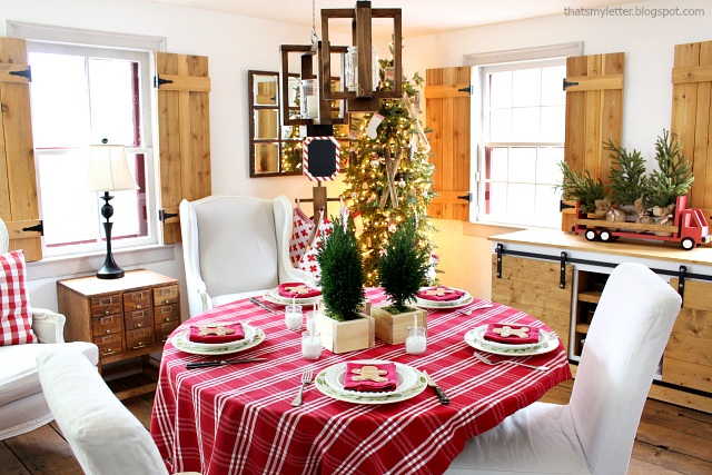 christmas tablescape living room
