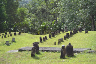 Makam Mahligai Barus