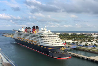 Porto di Salerno: 1° approdo per la Disney Magic
