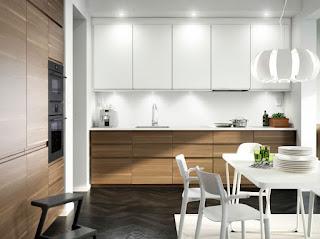 Elegantna kuhinja - pohištvo.