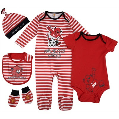 d054b51121b MANCHESTER UNITED COLLECTION - Bodysuits  Rompers. FRED THE RED MANCHESTER  UNITED BABY CLOTHES ...
