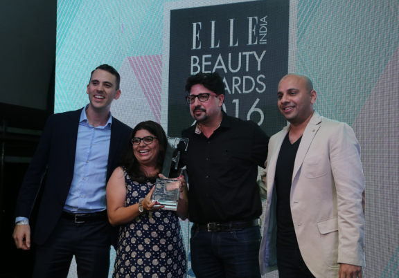The Body Shop Team receiving the Elle Beauty Award