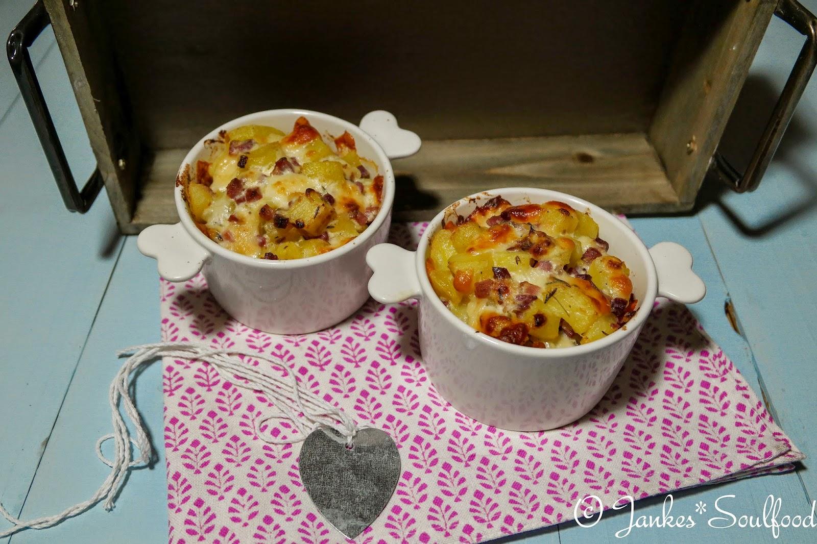 Käse-Kartoffelnester