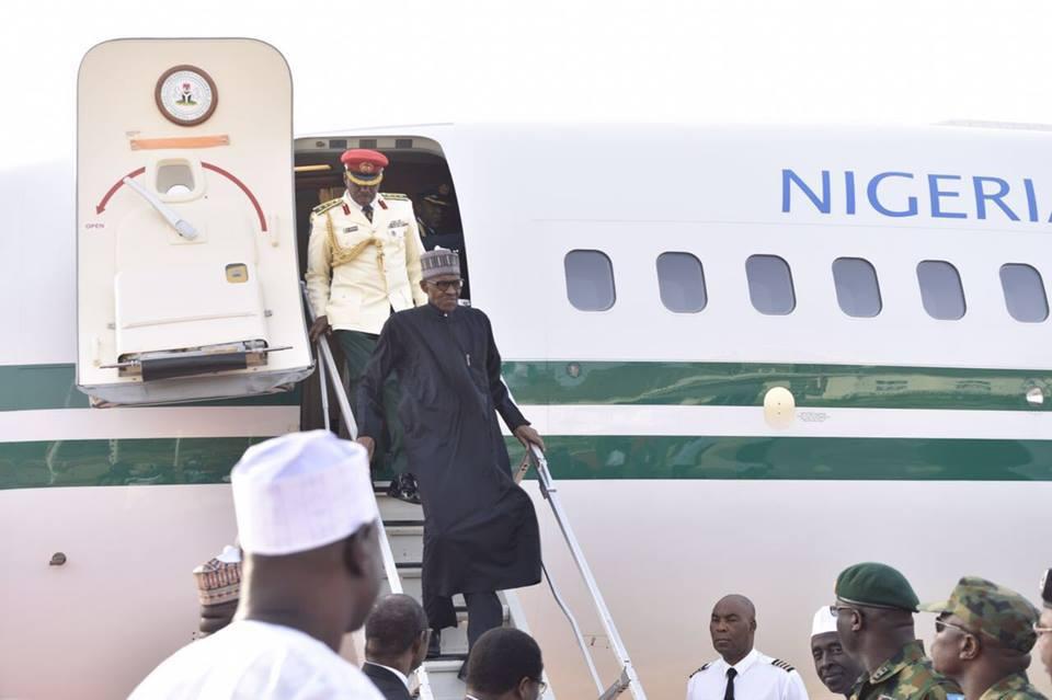 Buhari_arrives_from_London_1.jpg