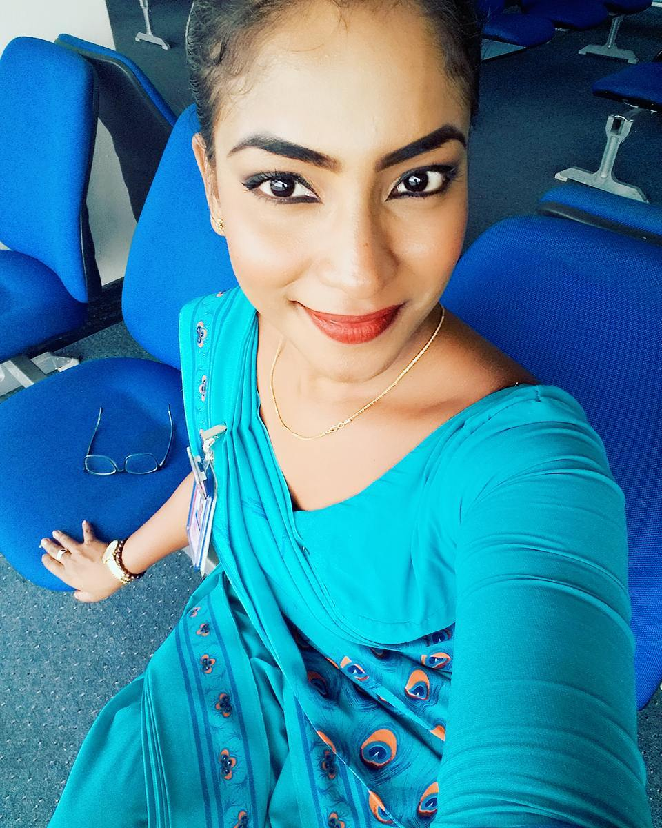 Sri Lankan Airlines Hot Girl Photo Collection