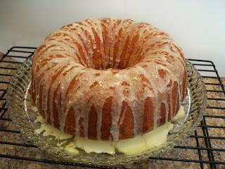 Πανεύκολο νηστίσιμο κέικ με ταχίνι και πορτοκάλι