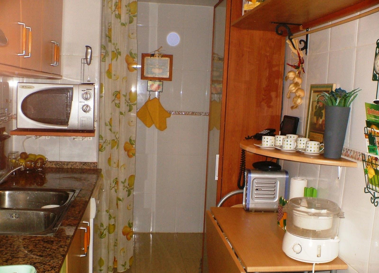 Decora tu vida diy una singular alacena para la cocina for Alacenas de cocina