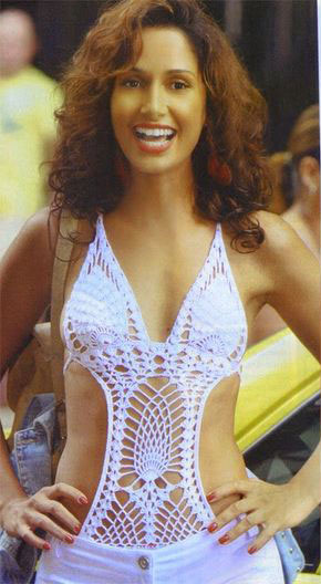 Maiô de crochê engana mamãe branco, Bebel (Camila Pitanga)