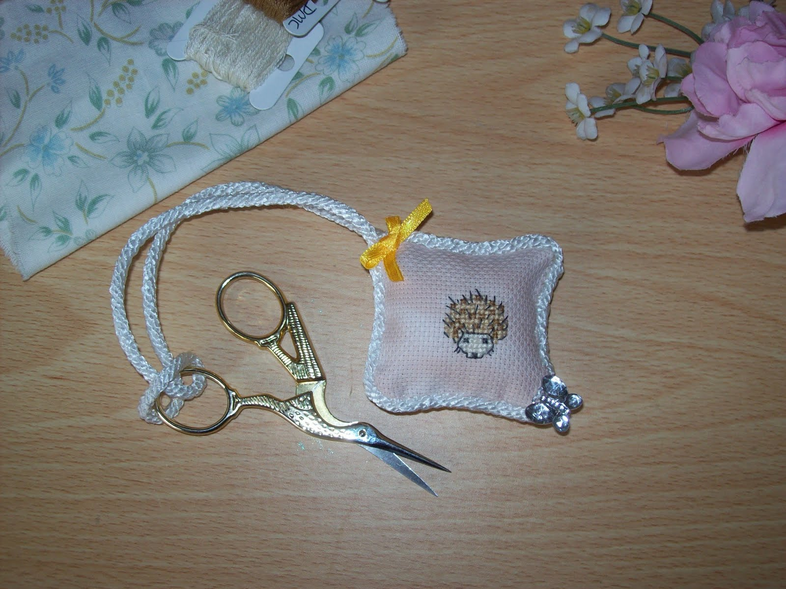 CROSS STITCH SCISSOR FOB