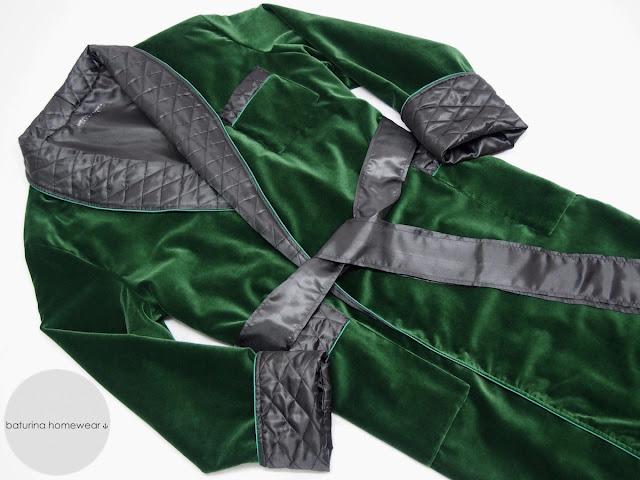 Men's long robe gentleman's velvet dressing gown in dark green