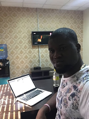 The Owner Of Naijaloaded Makinde Azeez ShowsOff His New Lagos Office