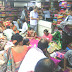 বর্ধমানে রবিবার ছুটির দিনে জোর কদমে চলছে পুজোর কেনাকাটা।