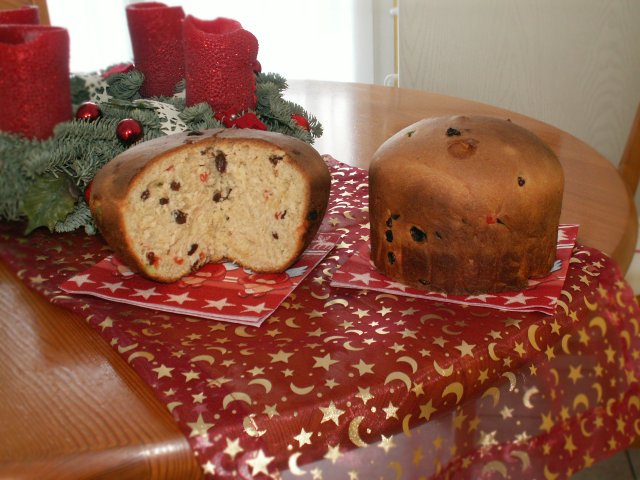 The Christmas Panettone or Italian fruitcake is common throughout Italy at Christmastime. Photo: WikiMedia.org.