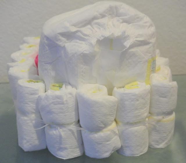 baby diaper bassinet, diaper gift