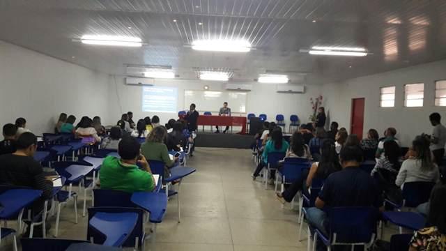 Seminário discute, em Imperatriz, o Programa Família Acolhedora
