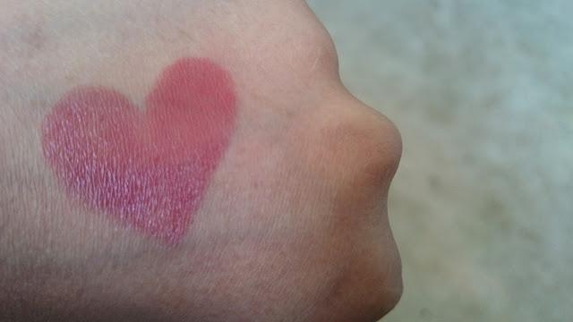 iba halal, swatch, lipstick, pink nectar