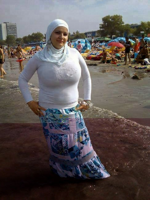 Tante Jilbab Arab Hot  Insyaf-5871