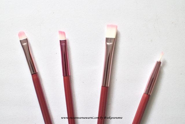 Detail Brush Kecil