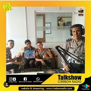 Talkshow Sareng Kanit Dikyasa Polresta Cirebon, Bpk. Bambang Indrijanto Lan Sareng  Taruna Akadeni Kepolisisan Ngebahas Sosialisasi Operasi Ketupat 2018 Lan Keselamatan Berkendara