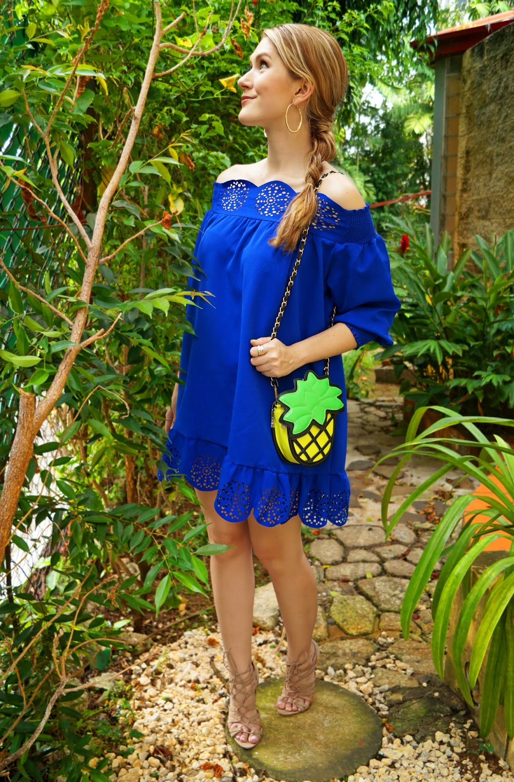 Colorful Summer Outfit. Love the Pineapple bag!