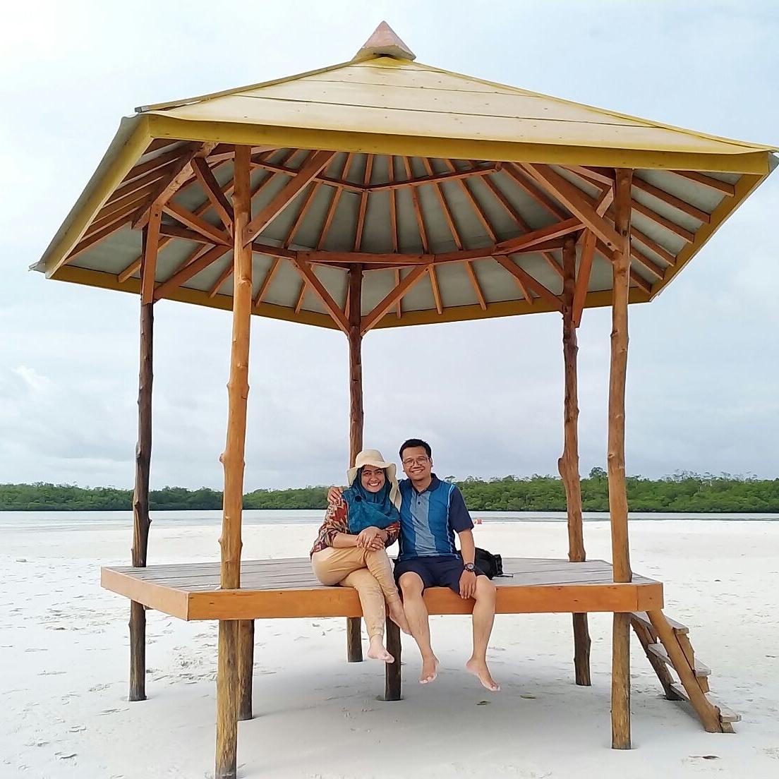 8 Aktivitas Liburan Di Pulau Pasir Burung Leebong Island Belitung Wisata Dan Kuliner