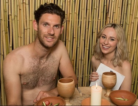 London Opens First N*ked Restaurant Where Staff Wear 'Nothing' (Photos)