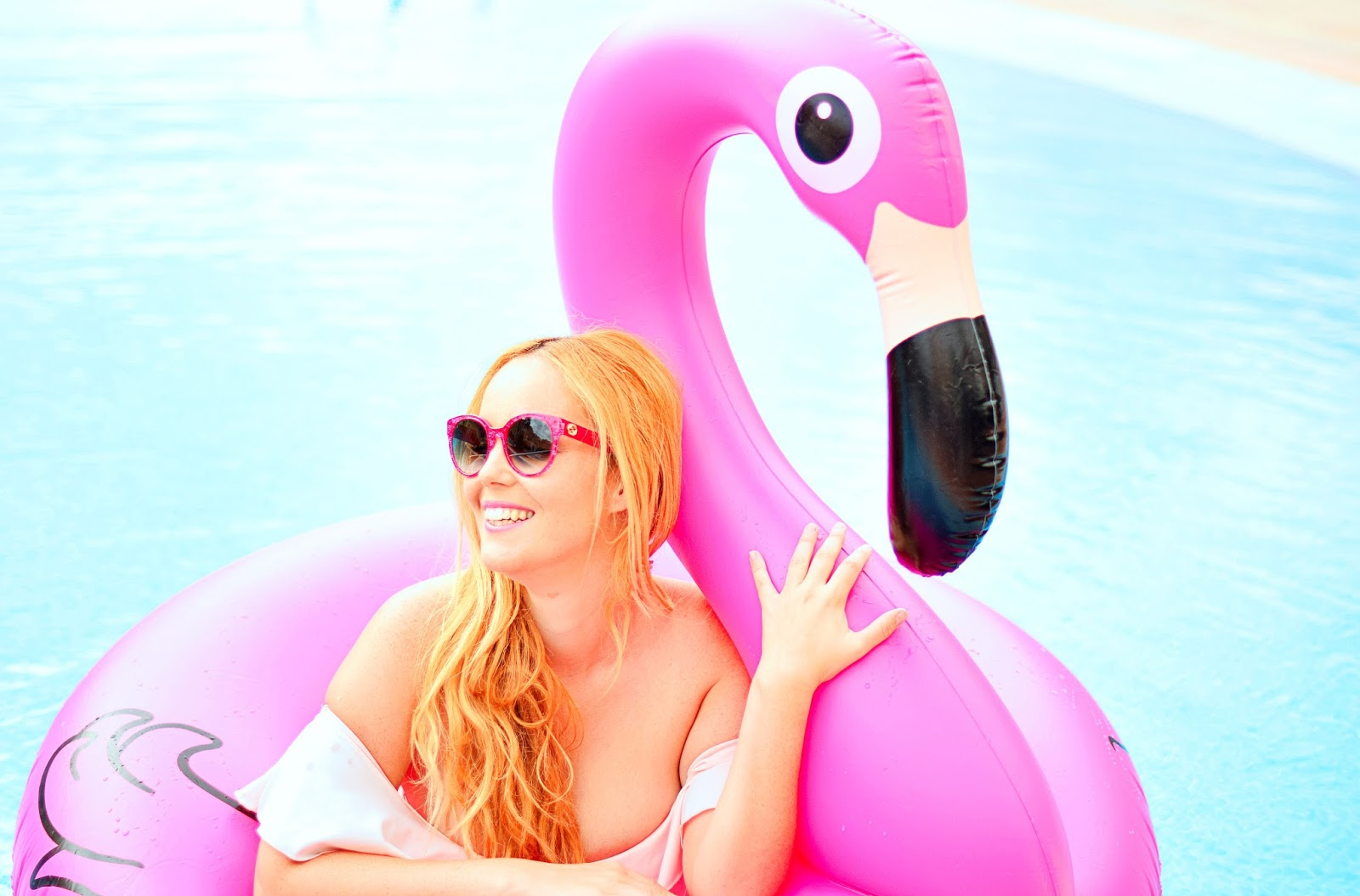 nery hdez, bikini volantes, opticalh, flotador flamenco, chicloth, summer look