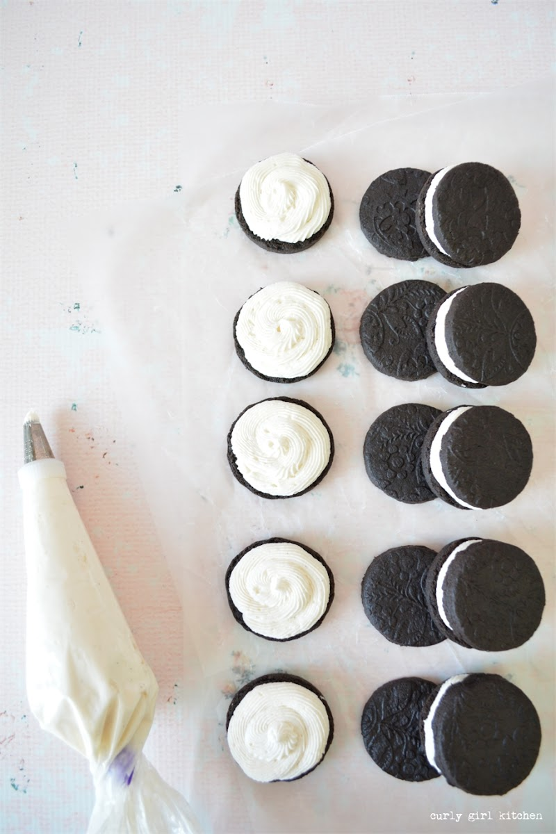Homemade Oreos, Chocolate Sugar Cookies, Chocolate Cookie Recipes, Milk and Cookies