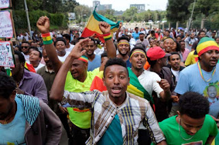 Afrique:  En Ethiopie et au Zimbabwe deux attentats menacent les processus de réforme